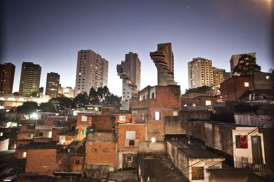 4857593_6_0815_la-favela-de-paraisopolis-dans-les-environs-de_5f0094214aeec6b908ebaa5fd73ec0bb