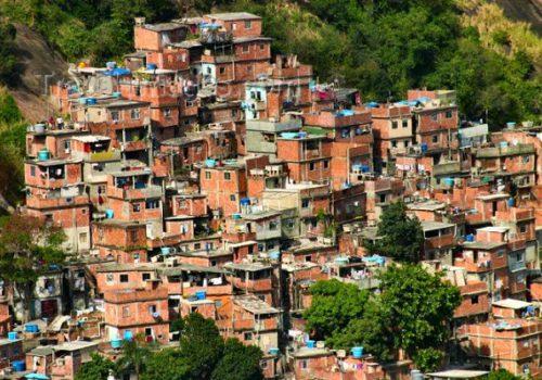 "La ""Favela de la Rocinha"", à Rio"